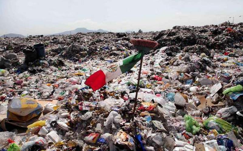 En México se generan 102 mil 895 toneladas de basura cada día.
